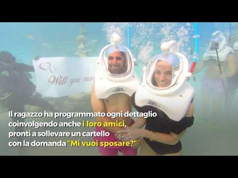 La proposta di matrimonio sott'acqua è eccezionale